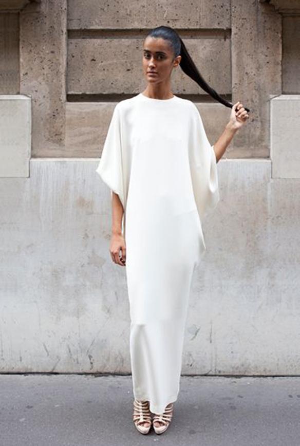 15-colgadas-de-una-percha-que-tipo-de-novia-eres-what-kind-of-bride-are-you-wedding-gown-dress-vestidos-de-novia-bodas-minimalista-minimal-4