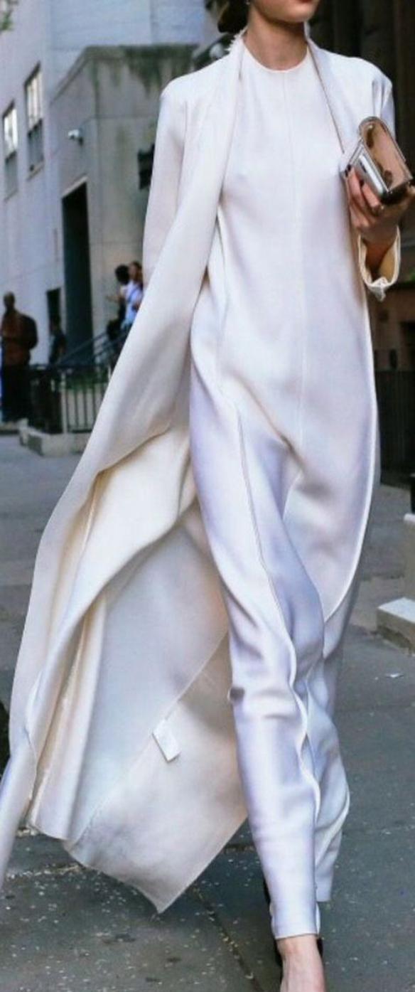 15-colgadas-de-una-percha-que-tipo-de-novia-eres-what-kind-of-bride-are-you-wedding-gown-dress-vestidos-de-novia-bodas-minimalista-minimal-6