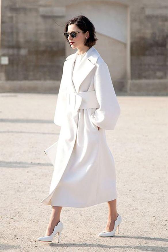 15-colgadas-de-una-percha-que-tipo-de-novia-eres-what-kind-of-bride-are-you-wedding-gown-dress-vestidos-de-novia-bodas-minimalista-minimal-7
