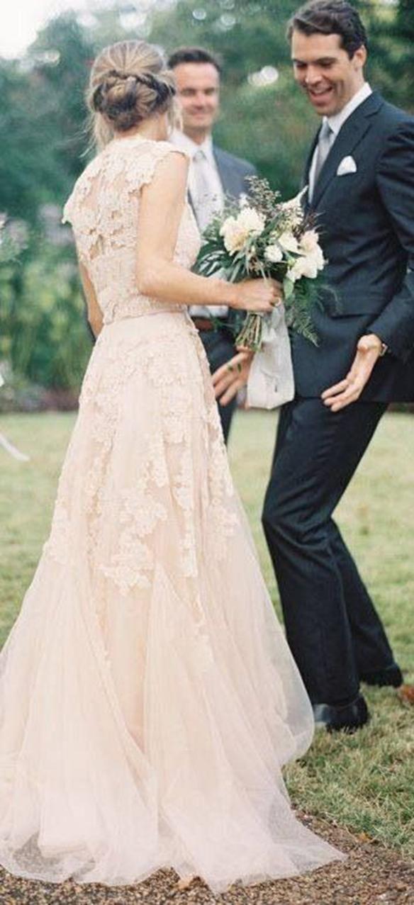 15-colgadas-de-una-percha-que-tipo-de-novia-eres-what-kind-of-bride-are-you-wedding-gown-dress-vestidos-de-novia-bodas-rosa-pink-1