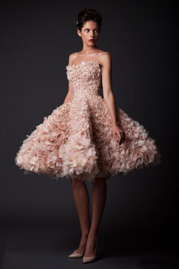 15-colgadas-de-una-percha-que-tipo-de-novia-eres-what-kind-of-bride-are-you-wedding-gown-dress-vestidos-de-novia-bodas-rosa-pink-3