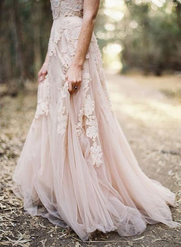 15-colgadas-de-una-percha-que-tipo-de-novia-eres-what-kind-of-bride-are-you-wedding-gown-dress-vestidos-de-novia-bodas-rosa-pink-7