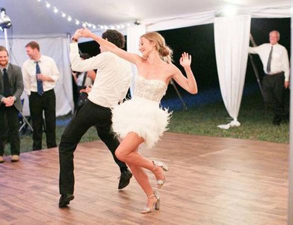 15-colgadas-de-una-percha-que-tipo-de-novia-eres-what-kind-of-bride-are-you-wedding-gown-dress-vestidos-de-novia-bodas-vintage-años-20-20s-7