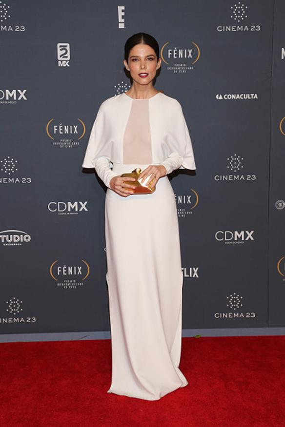MEXICO CITY, MEXICO - NOVEMBER 25: Juana Acosta attends Premio Iberoamericano de Cine Fenix 2015 at Teatro de La Ciudad on November 25, 2015 in Mexico City, Mexico. (Photo by Victor Chavez/WireImage)