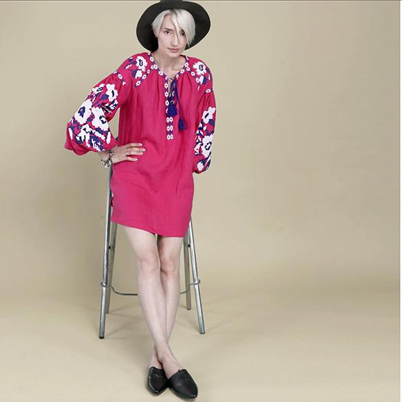 15-colgadas-de-una-percha-closet-must-march-11-vestidos-bordados-tunicas-blusas-embroidery-dress-tunic-blouse-10