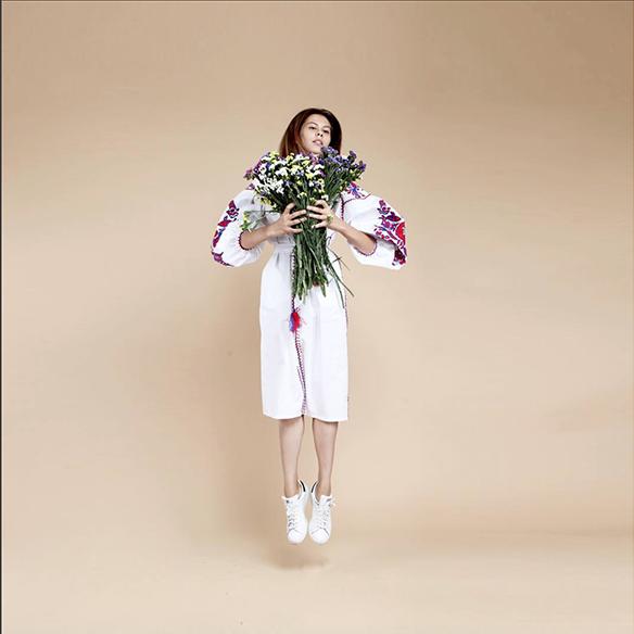 15-colgadas-de-una-percha-closet-must-march-11-vestidos-bordados-tunicas-blusas-embroidery-dress-tunic-blouse-21