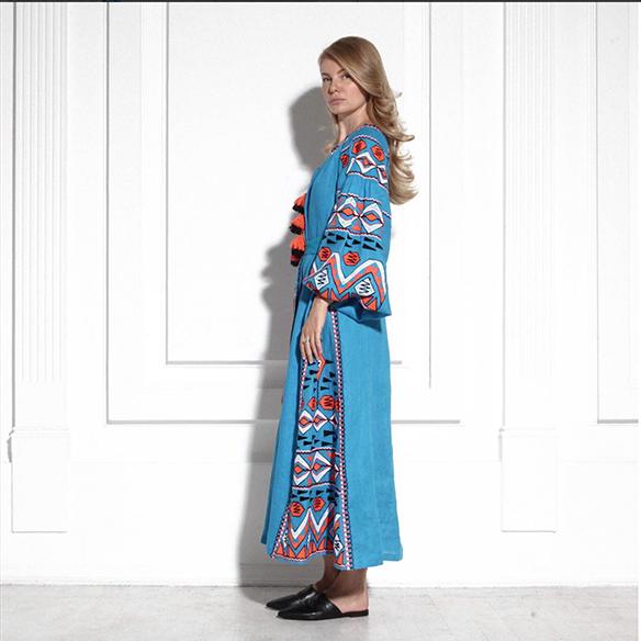15-colgadas-de-una-percha-closet-must-march-11-vestidos-bordados-tunicas-blusas-embroidery-dress-tunic-blouse-8
