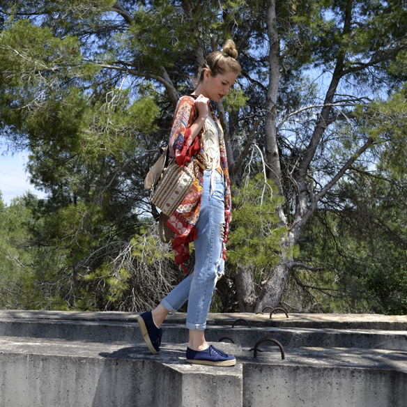 15-colgadas-de-una-percha-kaftan-boyfriends-crop-top-mochila-backpack-georgina-carreras-barcelona-gina-carreras-9