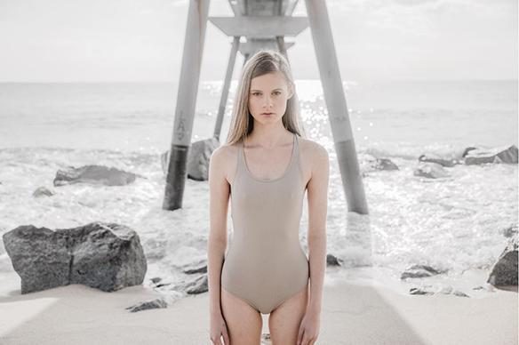 15-colgadas-de-una-percha-pier-43-swimwear-bikini-bañador-moda-fashion-13