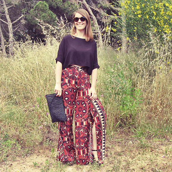 15-colgadas-de-una-percha-san-juan-saint-johns-eve-print-palazzo-pants-estampados-crop-top-carla-kissler-6