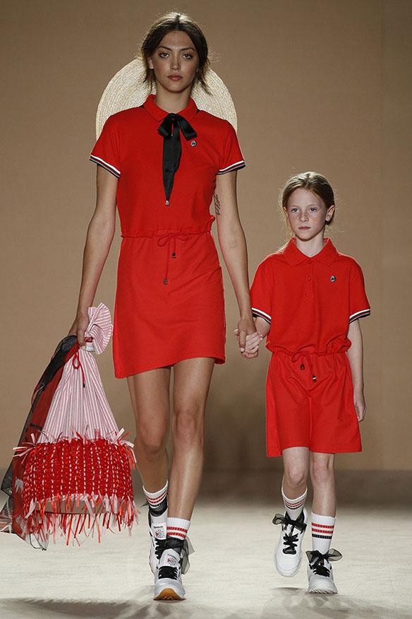 15-colgadas-de-una-percha-080-bcn-fashion-ss-17-moda-barcelona-carlota-oms-9