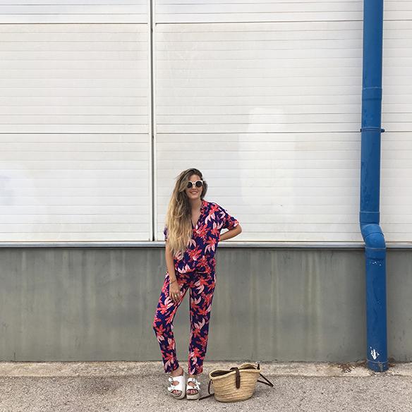 15-colgadas-de-una-percha-anna-duarte-hawaii-hawai-print-estampado-hawaiano-conjunto-pijamero-pajamas-set-cesto-basket-1