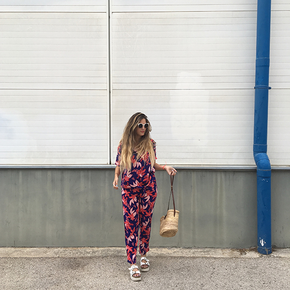 15-colgadas-de-una-percha-anna-duarte-hawaii-hawai-print-estampado-hawaiano-conjunto-pijamero-pajamas-set-cesto-basket-5