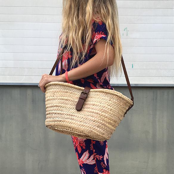 15-colgadas-de-una-percha-anna-duarte-hawaii-hawai-print-estampado-hawaiano-conjunto-pijamero-pajamas-set-cesto-basket-8