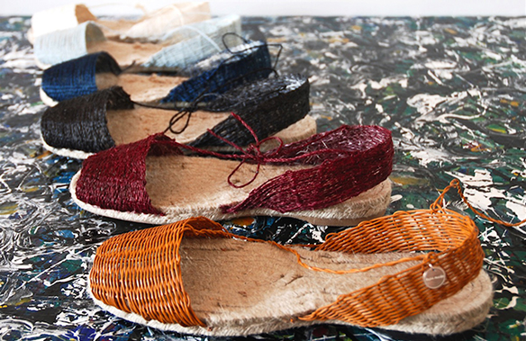 15-colgadas-de-una-percha-closet-must-ball-pages-alpargatas-espardenyes-espardeñas-zapatos-de-esparto-verano-summer-espadrilles-4