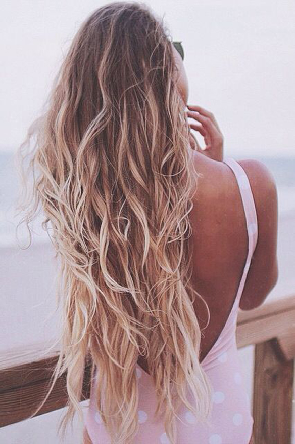 15-colgadas-de-una-percha-peinados-verano-summer-hairstyles-melena-dorada-gold-golden-mane-4