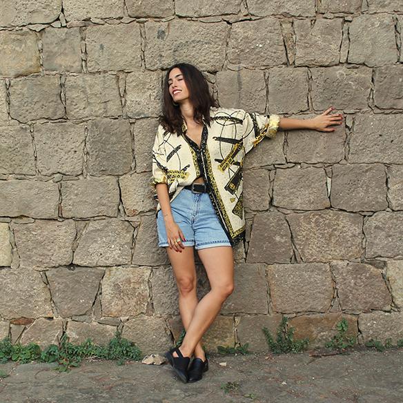 15-colgadas-de-una-percha-blanche-camisa-vintage-shirt-shorts-9