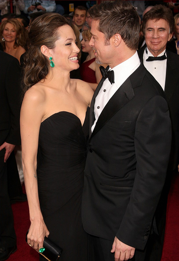 15-colgadas-de-una-percha-the-style-of-brangelina-el-estilo-de-angelina-jolie-brad-pitt-hollywood-9