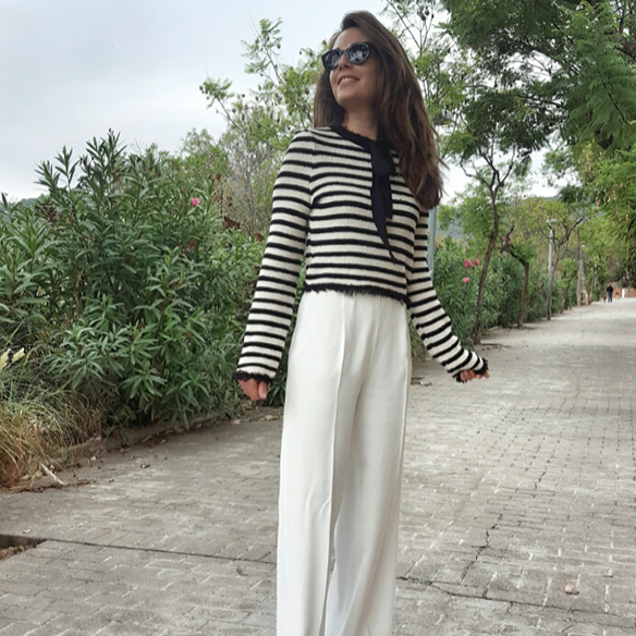 15-colgadas-de-una-percha-alicia-alvarez-estilo-marinero-navy-style-coco-chanel-rayas-stripes-blanco-y-negro-black-and-white-3