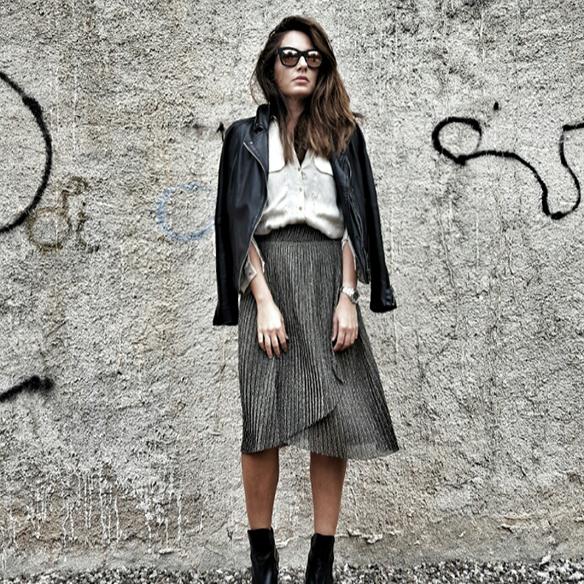 15-colgadas-de-una-percha-alicia-alvarez-must-have-falda-metalizada-metallized-skirt-1