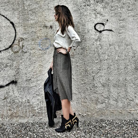 15-colgadas-de-una-percha-alicia-alvarez-must-have-falda-metalizada-metallized-skirt-2