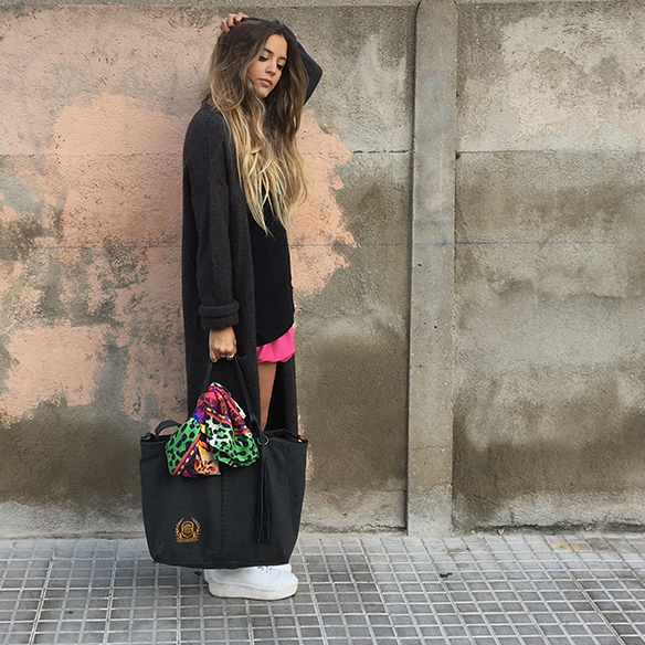 15-colgadas-de-una-percha-anna-duarte-must-have-rosa-pink-mini-jersey-lana-xl-wool-jacket-1