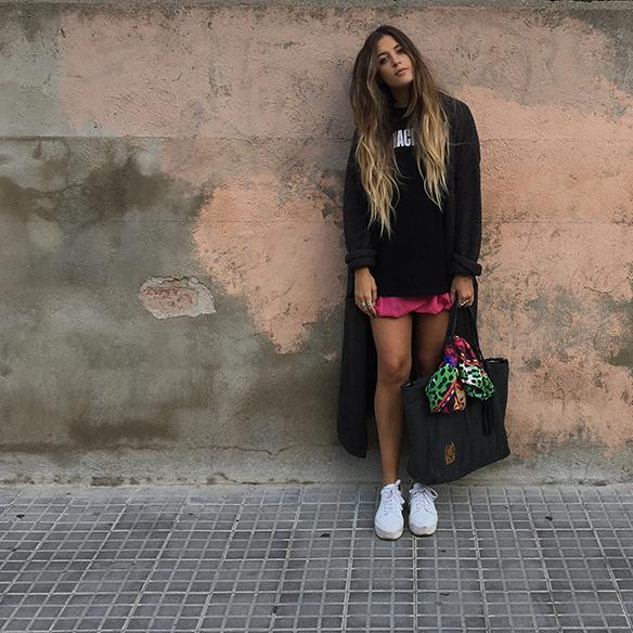 15-colgadas-de-una-percha-anna-duarte-must-have-rosa-pink-mini-jersey-lana-xl-wool-jacket-3