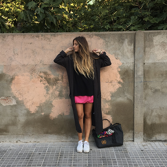 15-colgadas-de-una-percha-anna-duarte-must-have-rosa-pink-mini-jersey-lana-xl-wool-jacket-5