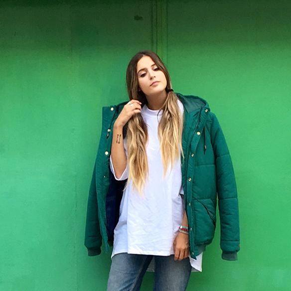 15-colgadas-de-una-percha-anna-duarte-plumon-feather-anorak-ski-must-have-fw-oi-3