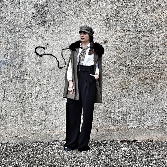 15-colgadas-de-una-percha-alicia-alvarez-garcon-garconne-capa-cape-vintage-palazzo-pants-boina-beret-tweed-6