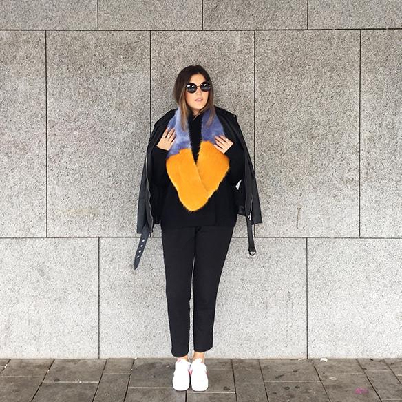 15-colgadas-de-una-percha-anna-duarte-estola-de-pelo-fur-stole-chaqueta-perfecto-jacket-total-black-4