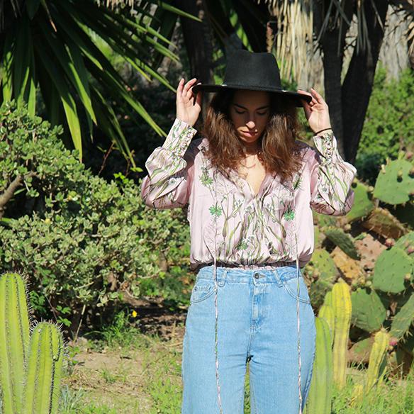 15-colgadas-de-una-percha-blanche-body-jeans-sombrero-hat-booties-botines-2