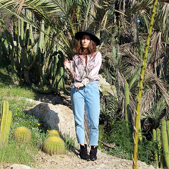 15-colgadas-de-una-percha-blanche-body-jeans-sombrero-hat-booties-botines-3