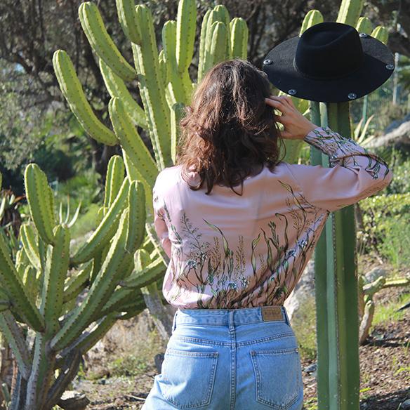 15-colgadas-de-una-percha-blanche-body-jeans-sombrero-hat-booties-botines-4