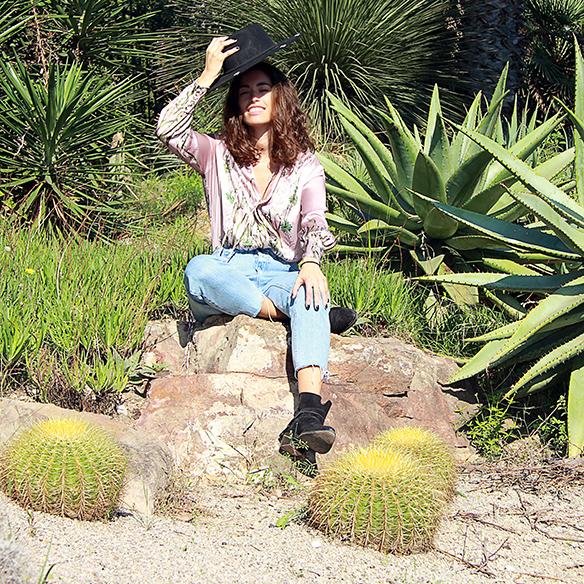 15-colgadas-de-una-percha-blanche-body-jeans-sombrero-hat-booties-botines-6