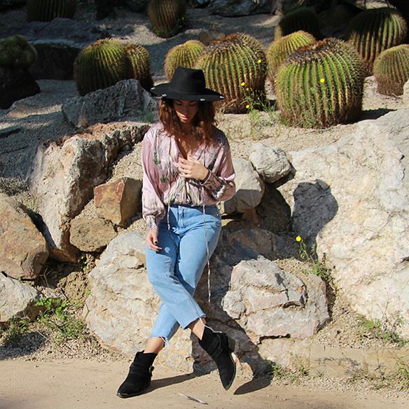 15-colgadas-de-una-percha-blanche-body-jeans-sombrero-hat-booties-botines-9
