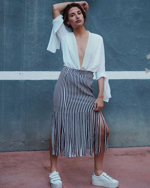 15-colgadas-de-una-percha-closet-must-laagam-shirt-camisa-oversize-5
