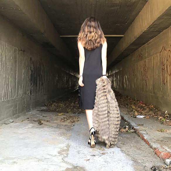 15-colgadas-de-una-percha-alicia-alvarez-vestido-lentejuelas-sequin-dress-fur-coat-abrigo-pelo-7