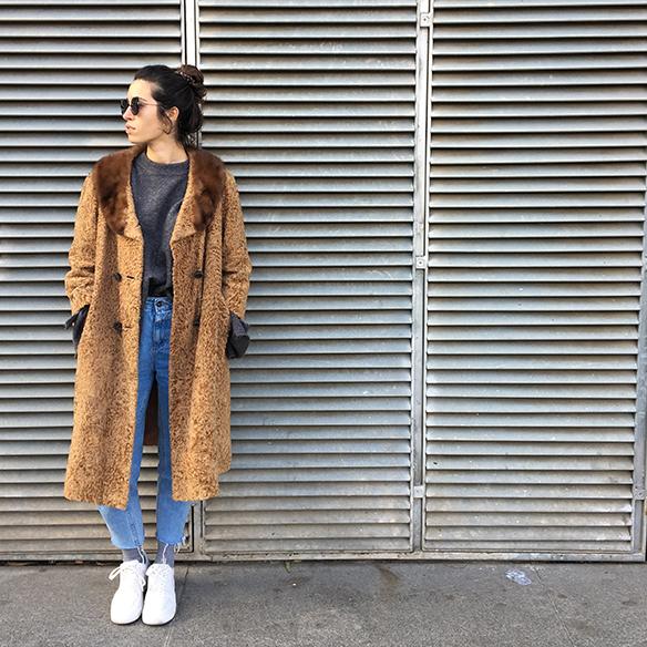 15-colgadas-de-una-percha-blanche-abrigo-vintage-coat-jeans-bambas-trainers-9