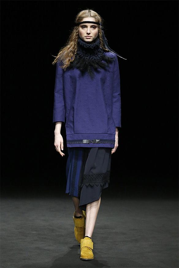 15-colgadas-de-una-percha-las-sorpresas-de-la-080-bcn-fashion-moda-barcelona-desfile-txell-miras-5