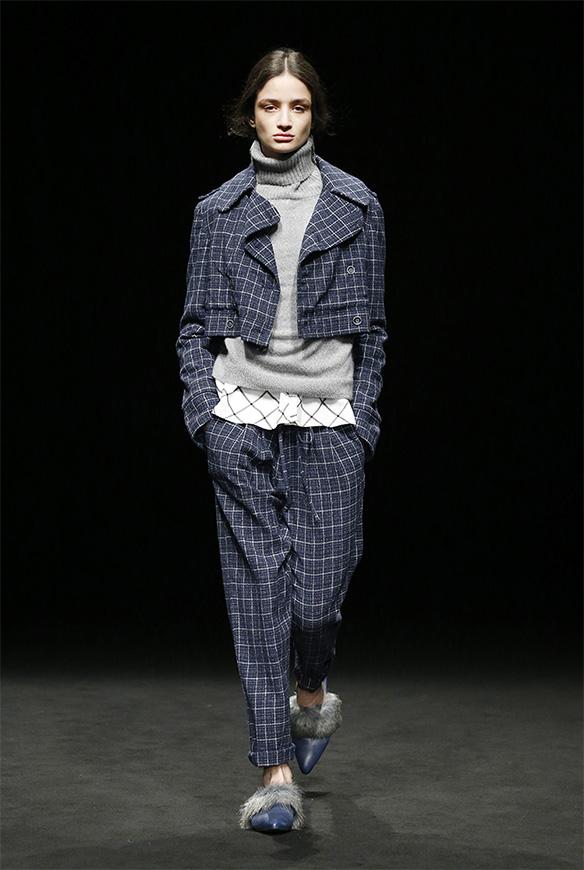 15-colgadas-de-una-percha-las-sorpresas-de-la-080-bcn-fashion-moda-barcelona-desfile-yerse-9