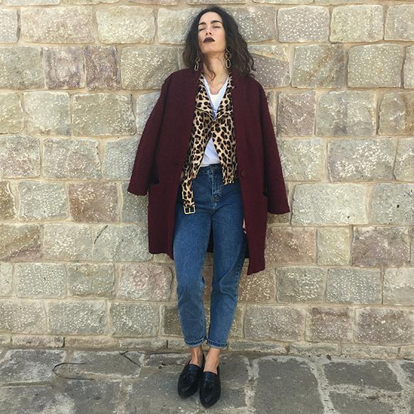 15-colgadas-de-una-percha-blanche-animal-print-leopard-biker-chaqueta-leopardo-abrigo-burdeos-burgundy-coat-mocasines-loafers-7