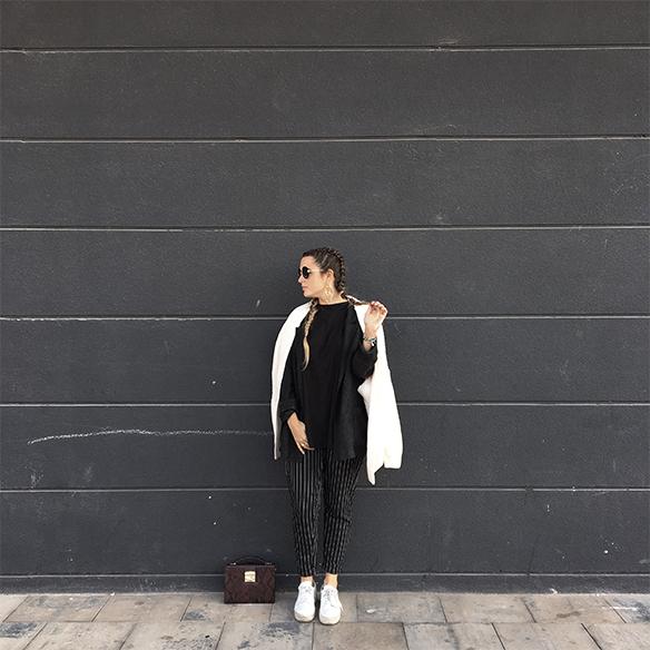 colgadas-de-una-percha-anna-duarte-moda-fashion-overlays-sobreposiciones-black-and-white-blanco-y-negro-double-braids-trenzas-dobles-burdeos-burgundy-9
